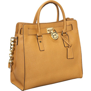michael-kors-and-his-handbags-foto-3